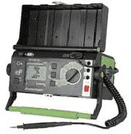 Elektroinstallationsarbeiten Messgerät für die Geräteprüfung in der Elektrotechnik